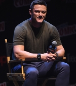 luke evans, new york comic con, professor marston and the wonder women
